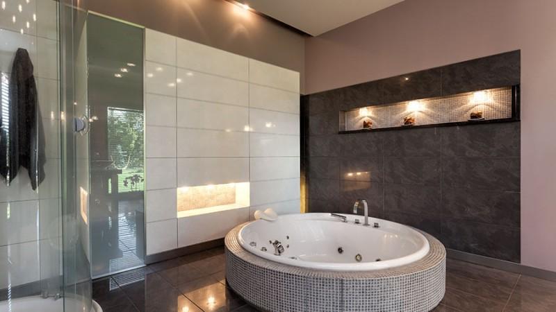 4 steg som förvandlar ditt badrum till ett spa