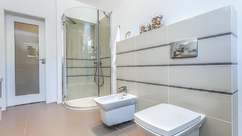 Kakel och klinker till badrum – tips inför valet