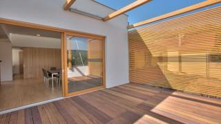 Träkomposit – modernt och ekologiskt golv för altan