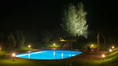 Poolbelysning – Mysfaktor till kvällsbad och trädgård