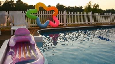Poolstaket och poolinhägnad för hög säkerhet