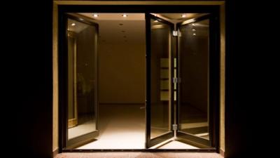 Vikdörrar – Klassisk vikdörr släpper in ljuset