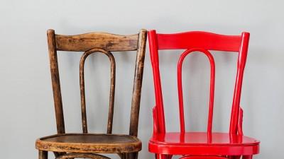 Konsten att luta av gamla målade möbler