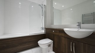 Badrumsporslin – Guide för dig som ska byta porslin i badrummet