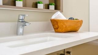 Montera nytt handfat och bänktvättställ