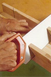 Den traditionella geringslådan är av trä eller härdplast