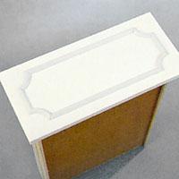 Kökslådornas fronter kan du snygga till i samma stil som köksluckorna