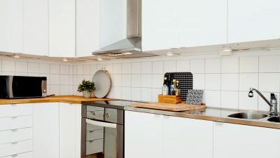 Sätt upp nya köksskåp