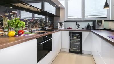 Kökstillbehör och kökets små detaljer