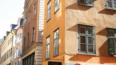 Putsade fasader blev räddningen för staden