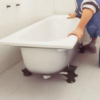 Ställ badkaret på plats