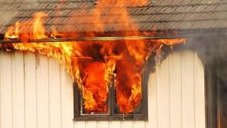 Brand i plastmaterial