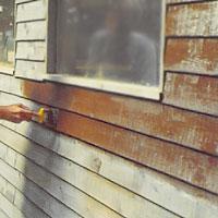 Liggande panel. Arbeta med några brädor i taget.