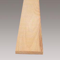 Ask är ett ljust träslag som är hårt och elastiskt
