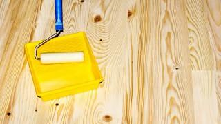 Så här lackerar du ett trägolv