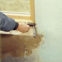 Mät ut vinkeln i fönstersmygens bägge sidor.