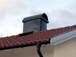 Skydda skorstenen med ett skorstensskydd om du installerat bergvärme, el-värme eller fjärrvärme