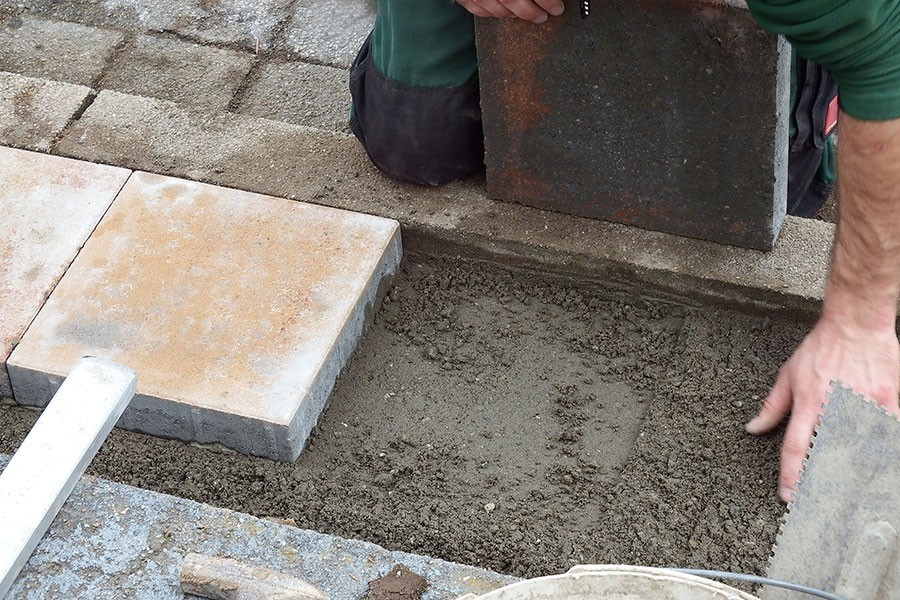 tradgardstrappa-betongplattor.jpg
