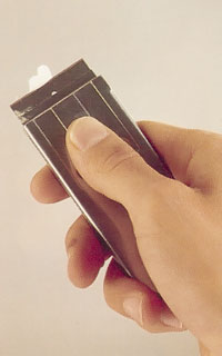 Ta bort färgrester med klickskrapa