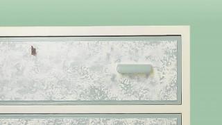 Måla och dekorera med svamp