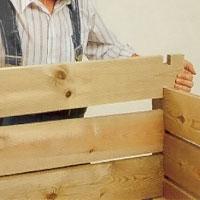 Bygg upp kompostlådans fyra väggar