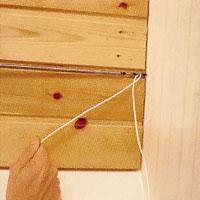 En montörborr är praktisk när du ska dra tunn ledningstråd.