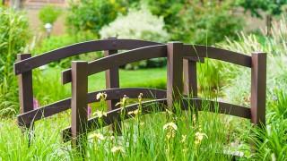 Bygg en trädgårdsbro