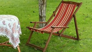 Byt markisväv på trädgårdsstolen