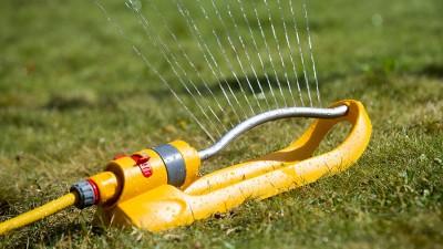 Vattenspridare i mängder – Tips inför valet