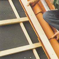 Riktbräda för takpannorna