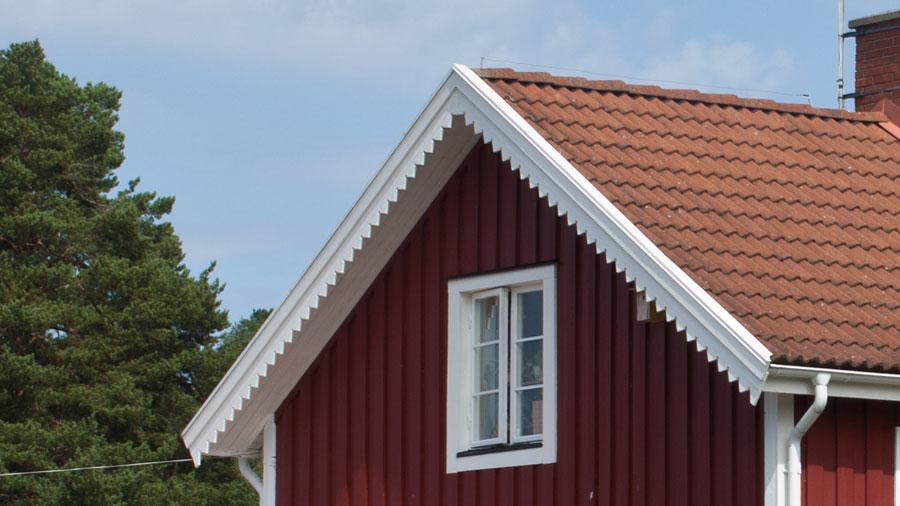 Vindskivor på takets gavelsida