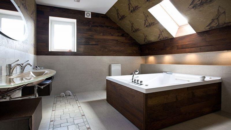 Vilket väggmaterial passar i ditt badrum?