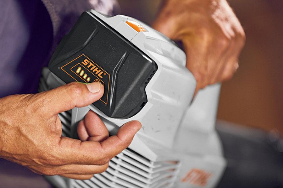 Batteri på trädgårdsmaskin