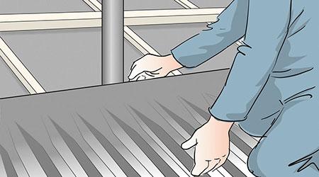 För skorstenar och ventiler, takkupor och takfönster, vinkelrännor etc finns i regel anpassningsbara detaljer