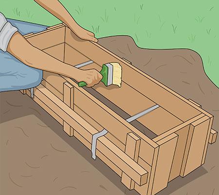 Använd formolja så blir det enklare att ta loss den när betongen härdat färdigt