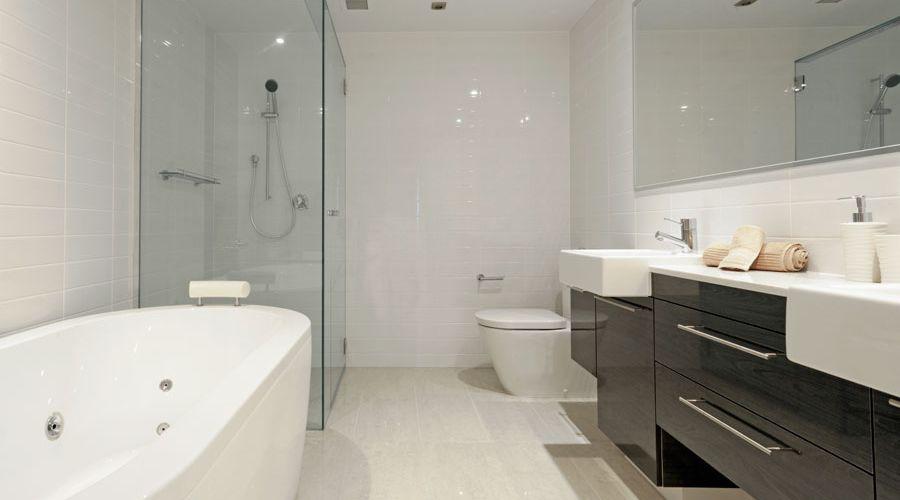badrumsgolv-modernt-badrum.jpg