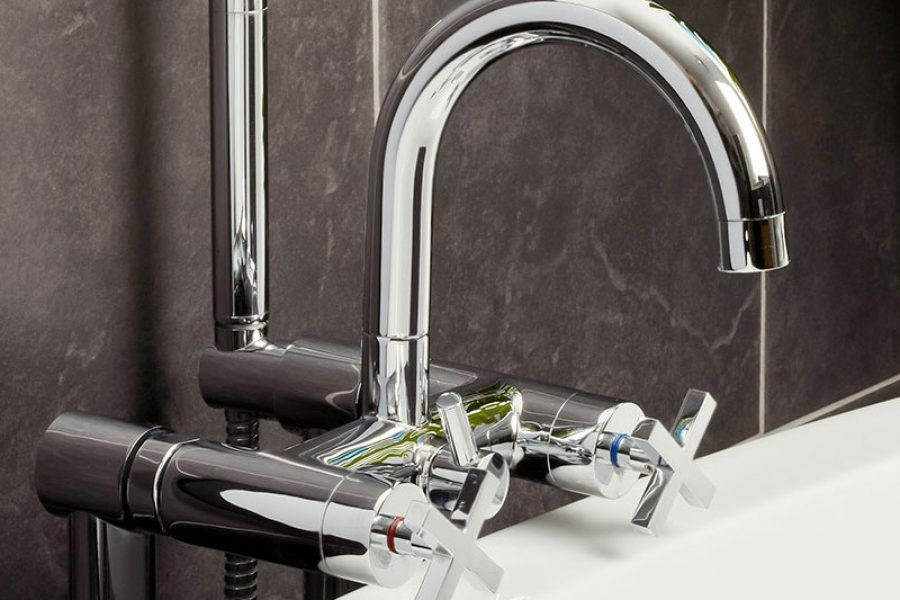 dusch-och-badkarsblandare.jpg