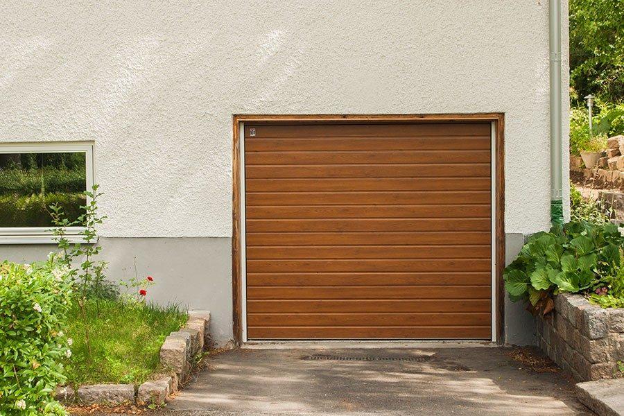 garagedorr.jpg