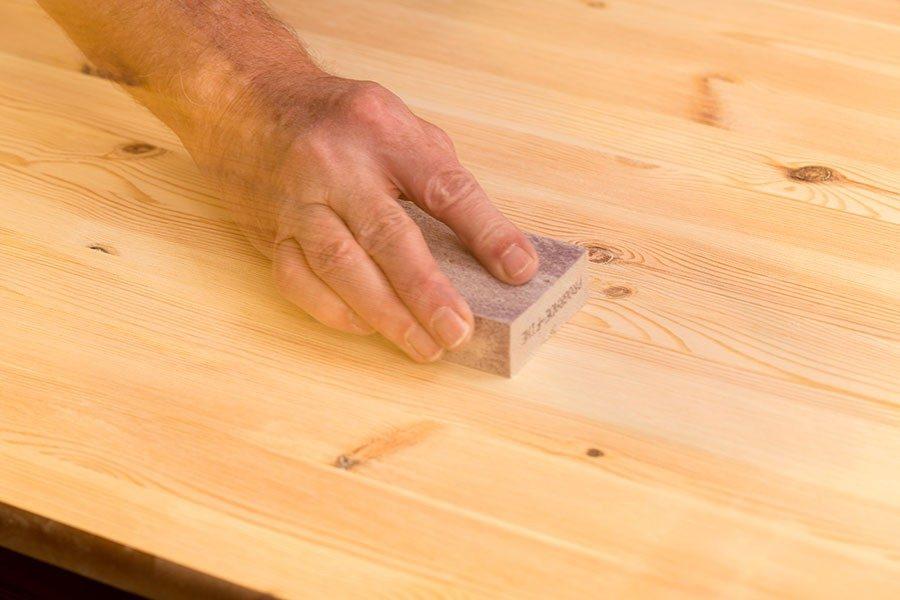 laga hål i trä