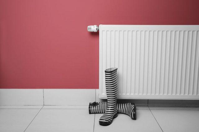om-radiatorn-lacker-vatten.jpg