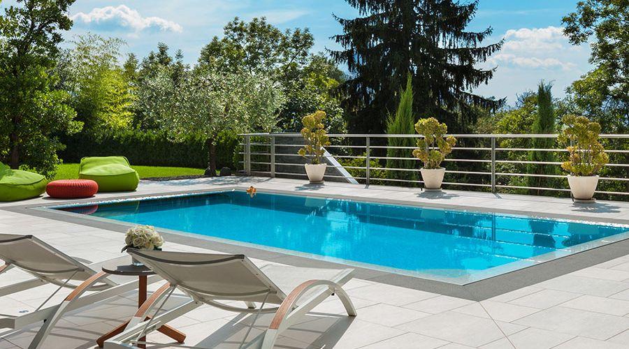 swimmingpool-utomhus.jpg